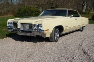 Oldsmobile ninety eight -70