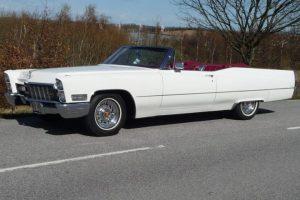 Cadillac De Ville Cab -68